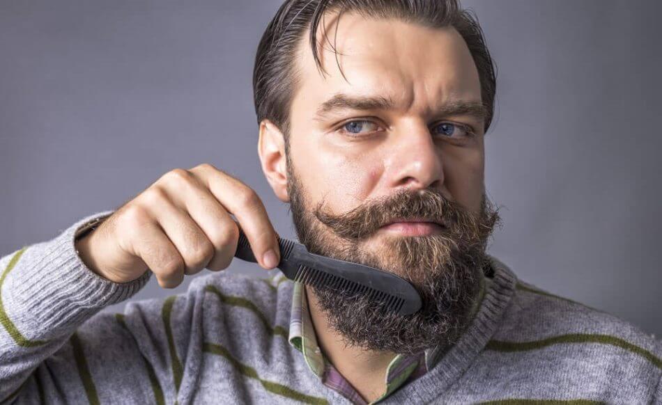 Børst dit skæg